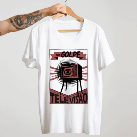 Camiseta Rede Golpe de televisão branca