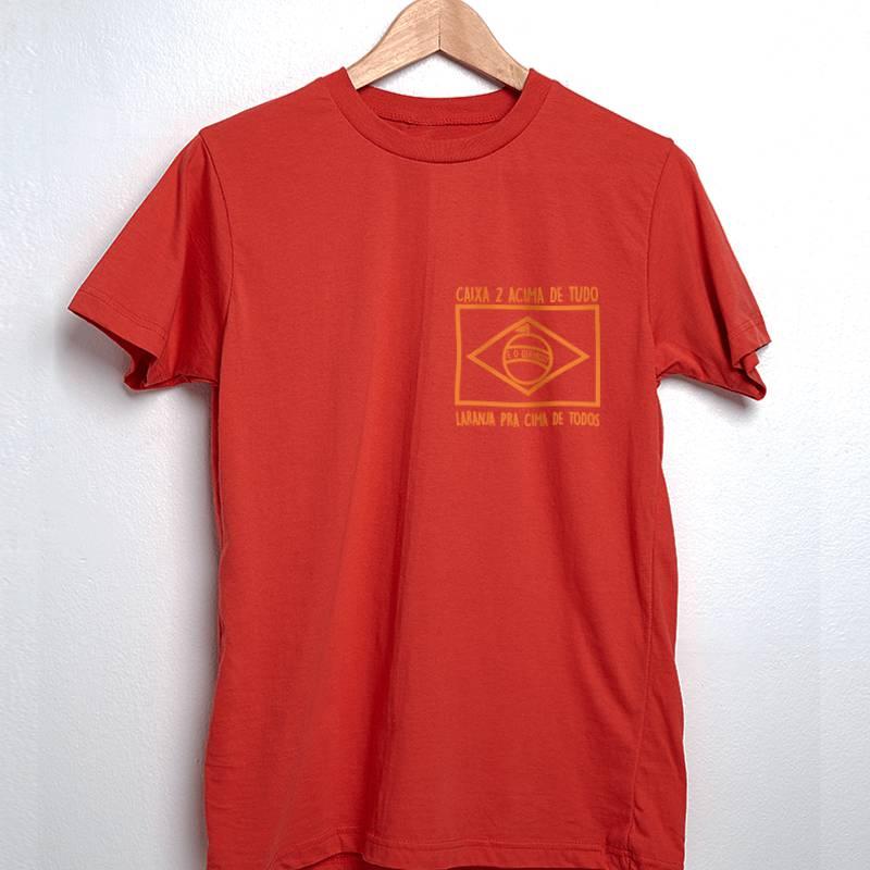 camiseta vermelha bandeira laranja