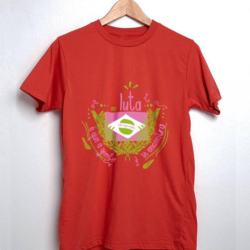 camiseta mangueira bandeira vermelha