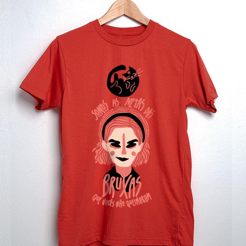 Camiseta Sabrina Spellman - somos as netas das bruxas que vocês não conseguiram queimar Vermelha