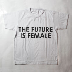 camiseta infantil - the future is female - branca