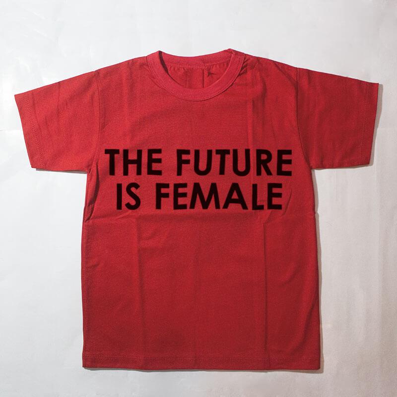 camiseta infantil - the future is female - vermelha
