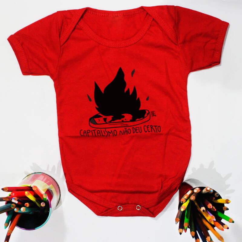 Body pra bebe vermelho manga curta - Capitalismo nao deu certo