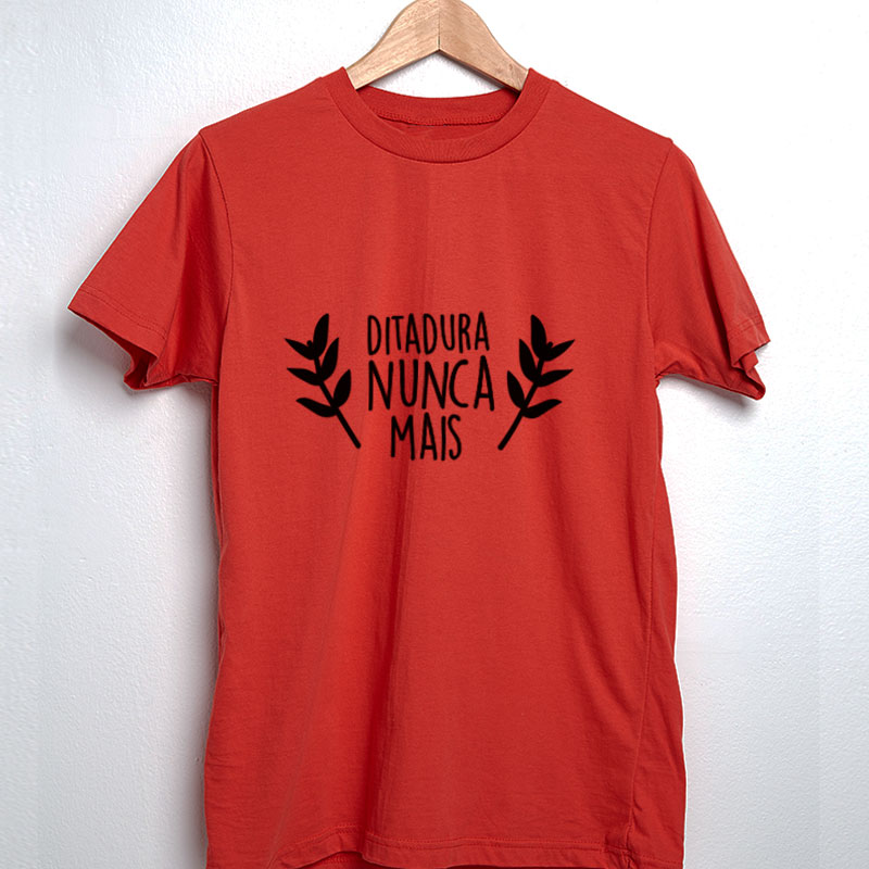 Camiseta Ditadura nunca mais louros vermelha