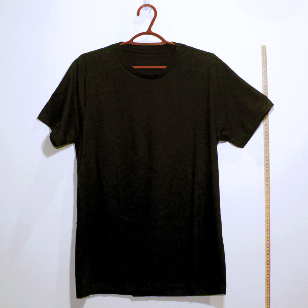 Camiseta basica de algodão 30,1 penteada preta