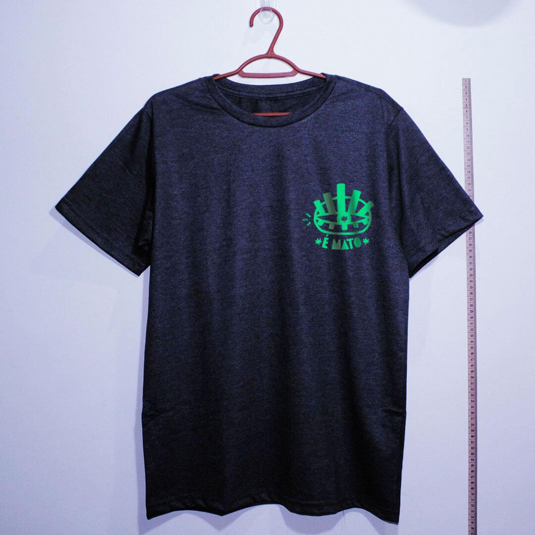 camiseta-chumbo de algodão-emblema-cannabis