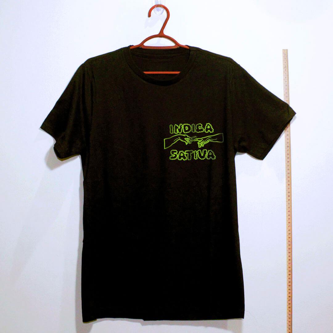 Camiseta de algodão Indica Sativa preto